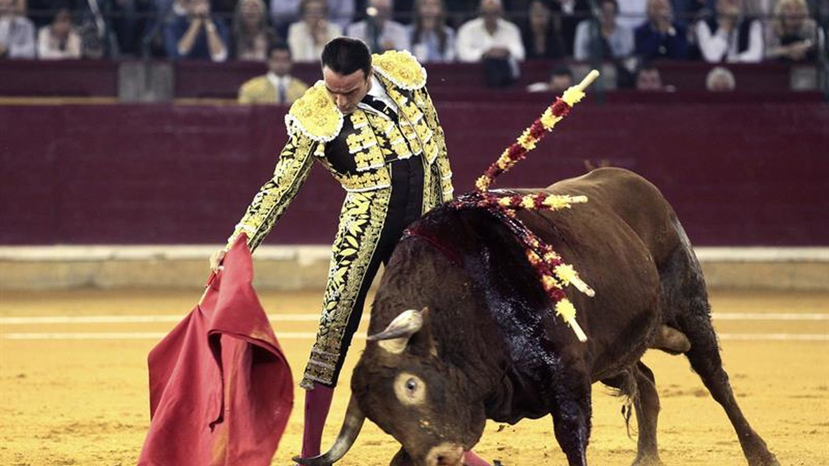 corridas_toros-enrique_ponce-toreros-zaragoza-toros_162247333_18757495_1706x960