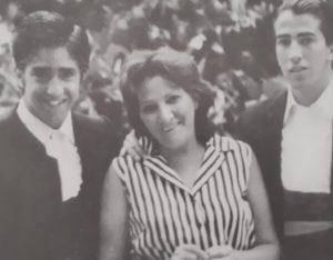 Del Toro Al Infinito Purificación Mora Esposa Madre Y Abuela De Toreros Por Paco Cañamero